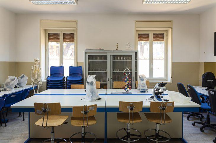 Laboratorio-scienze-001
